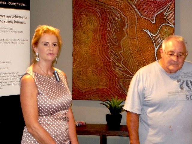 Debbie Barwick and Les Elvin at Mandurah Hunter Indigenous Business Chamber, Rutherford 2014